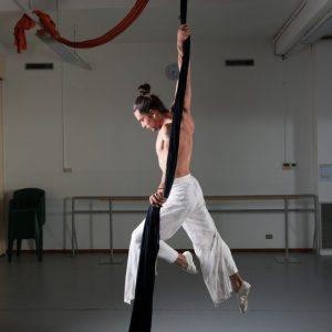 Danze Aeree (tessuti E Cerchio)